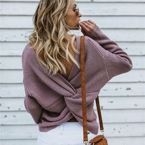 Sweaters - NEW open back vneck Twisted sweater comfy